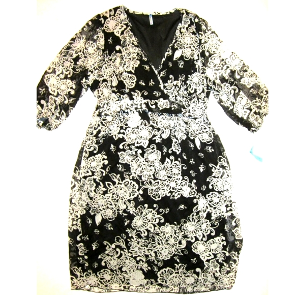 TEMPTED NEW Plus 14 1X Black White Wrap Dress
